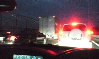 深夜の渋滞